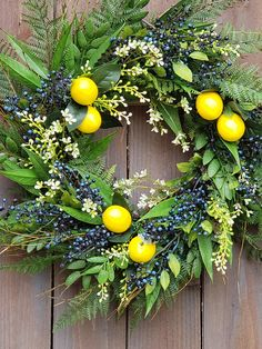 31 Fascinating Summer Wreath Design Ideas You Should Copy - With the holidays over, that place of honor occupied by the holiday wreath seems somehow bleak and bare now that the wreath is gone. Filling that spac. Summer Door Wreaths, Wreaths For Front Door, Holiday Wreaths, Spring Wreaths, Easter Wreaths, Lemon Wreath, Front Door Decor, Entrance Decor, Summer Diy