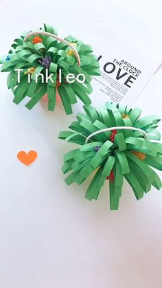 DIY Easter Basket of Flowers Decoration - Tutorials - Flowers are always pleasing! Use color paper to make the basket of flowers, dress up easter decorat - Diy Home Crafts, Diy Arts And Crafts, Creative Crafts, Fun Crafts, Crafts For Kids, Paper Flowers Diy, Flower Crafts, Handmade Flowers, Paper Crafts Origami
