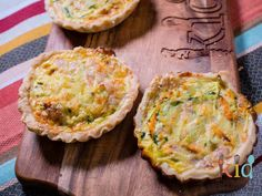 Veggie and ham mini quiches with homemade shortcrust pastry.Perfect for the lunchbox and freezer friendly. The most delicious protein hit for lunchtime! Lunch Snacks, Lunch Box, Lunch Recipes, Quiche Pastry, Mini Quiche Recipes, Homemade Quiche, Shortcrust Pastry, Freezer Cooking, Mini Quiches