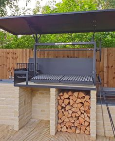 Solus Grills - Argentine Grill (BBQ) Made in Norwich (UK), ships worldwide Outdoor Barbeque, Outdoor Kitchen Patio, Pizza Oven Outdoor, Outdoor Kitchen Design, Outdoor Cooking, Outdoor Sofa, Outdoor Furniture, Outdoor Decor, Barbecue Design