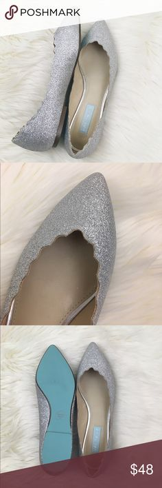 Betsey Johnson Pointy Toe Scalloped Sparkle Flats 😍😍😍 sparkly pointy toe Betsey Johnson flats with beautiful Tiffany Blue detail on the tag and bottoms. Solid construction, scalloped edges, and like new condition. Betsey Johnson Shoes Flats & Loafers