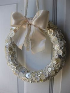 Diy 2015 christmas white button wreath crafts with white ribbon bowknot - door hanger, christmas ornaments