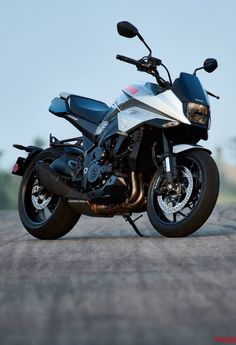 A closer look at the new Suzuki Katana, the Moto Guzzi TT and CAKE—a stunning new electric offroader from Sweden. Suzuki Motos, Suzuki Bikes, Suzuki Motorcycle, Motorcycle News, Triumph Scrambler, Kawasaki Ninja, Katana, Triumph Street Twin, Best Electric Bikes