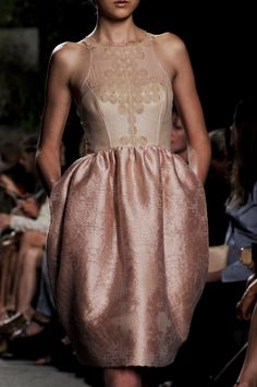 Honor Spring 2013 (love the shimmery bronzed skin with the satin fabric)