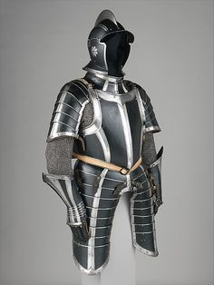 Infantry armor Date: ca. 1600 Culture: German, Nuremberg Medium: Steel, leather Dimensions: Height, 49 1/14 in. (125 cm) Classification: Armor for Man Credit Line: Gift of William H. Riggs, 1913 Accession Number: 14.25.720