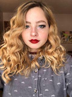 Red lips and minimal eyes CCW : sugarfreemua
