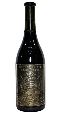 Wino z Malty w stylu bordoskim. Najwyższa etykieta tego producenta. Produkuje on tylko 3 tysiące butelek tego wina.