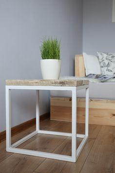 Couchtisch im geometrischen und minimalen Design / coffee table, minimalistic scandic design by Woodenfactory via DaWanda.com