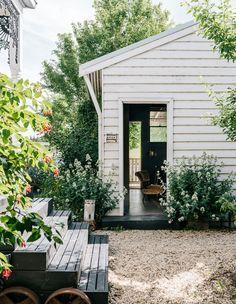 Outdoor Spaces, Outdoor Living, Outdoor Decor, Garden Cottage, Home And Garden, Garden Living, Rustic Farmhouse, Farmhouse Style, Australian Homes