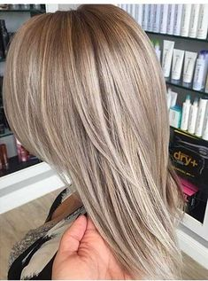 30 Brown & Blonde hair color combinations - All For Hair Cutes Blond Beige, Brown Blonde Hair, Dark Blonde, Medium Ash Blonde Hair, Ash Beige, Sandy Blonde Hair, Natural Ash Blonde, Light Ash Blonde, Natural Blondes