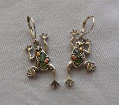 $3.00 - Silvertone Frog Earrings (11316-3 ER) fashion, jewelry #DropDangle