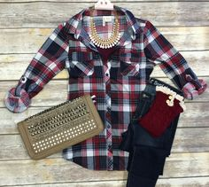 Penny Plaid Flannel Top: Burgundy/white top can be worn as long sleeves or a top. It is so very soft and comfy! This is a soft stretchy awesome material! Jean Outfits, Casual Outfits, Cute Outfits, Fashion Outfits, 90s Fashion, Fall Winter Outfits, Autumn Winter Fashion, Pyjamas, Estilo Fashion
