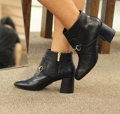 #dpars  #fashionblogger #dparslover #shopping  #zapatos #shoes  #fashionista  #selfie #forwomen #glamour #fashiondesigner #dparshoes #shopping #love #Quito  #calzado #fashion #shoelover #lovemyshoes #style #shoeaddict  #model #outfitoftheday  #blogger #iloveshoes #glamour #moda  #Ecuador #envios a todo el país, WhatsApp 0988280404