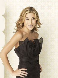 Dichen Lachman brings Sierra to life in 'Dollhouse' Dichen Lachman, Celebrity Portraits, Lady And Gentlemen, Celebs, Celebrities, Black Girl Magic, Girl Crushes, Street Style, Style Inspiration