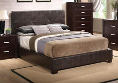 Andreas Casual Bed with Vinyl Padded Headboad Furniture Layout, Bedroom Furniture, Home Furniture, Furniture Design, Modern Bedroom Design, Bed Styling, King Beds, Interior, Home Decor