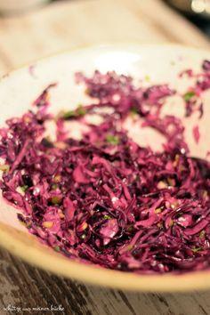 Rotkohlsalat Rotkrautsalat rosaroter Rotkrautsalat