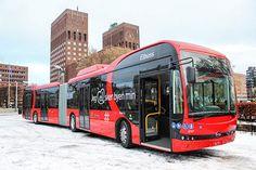 Noruega pone en servicio los dos primeros autobuses eléctricos articulados de Europa.