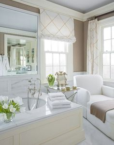 Love the sable brown with white... So elegant!