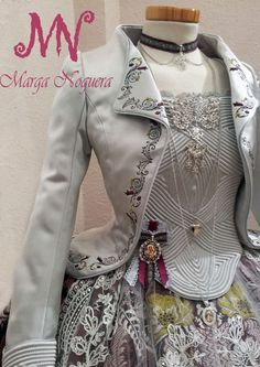 18th Century Dress, Victoria Fashion, Victorian Costume, Weird Fashion, Vintage Mode, Historical Clothing, Fashion Outfits, Womens Fashion, Creations