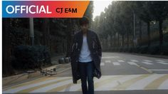 Roy Kim goes for a relaxing bike ride in 'In the Fall' MV Kim Sang Woo, Superstar K, Roy Kim, Singing Career, Talent Show, Jaejoong, Korean Music, Pole Dancing, Korean Singer