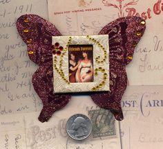 Vintage Art Using Recycled Slide Mounts by Joanna Grant  http://joannabananadesignoriginals.blogspot.com