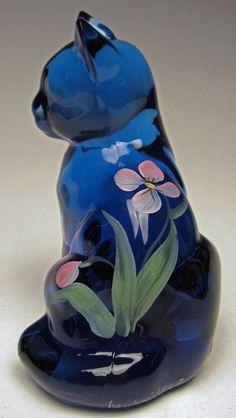Fenton Art Glass Sitting Cat No. 5165TT Twilight Tulips on Blue HP 1993 to 1994