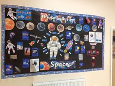 If you're looking for a solar system inspired classroom display then try this one out! Using Twinkl resources, this teacher managed to recreate an epic space board! Complete with astronaut! Solar System Projects For Kids, Space Projects, Space Crafts, School Projects, Class Displays, School Displays, Classroom Displays, Library Displays, Space Theme Classroom