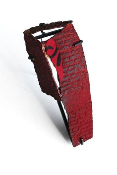 Han-Chieh Chuang  莊涵絜  Red Brick brooch#6 紅磚系列胸針#6 silver, copper, enamel, paper, gold foil, steel wire 925銀, 銅, 琺琅, 春聯紙, 不鏽鋼, 金箔