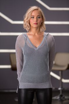 Pin on leather beauty NEW – UHQ Pictures of Jennifer Lawrence from Passengers' Wardrobe Test. NEW – UHQ Pictures of Jennifer Lawrence from Passengers' Wardrobe Test. Cabelo Jennifer Lawrence, Jennifer Lawrence Style, Jennifer Lawrence Haircut, Jennifer Lawrence Movies, Jennifer Lawrence Images, Curvy Celebrities, Beautiful Celebrities, Celebs, Jenifer Lawrance