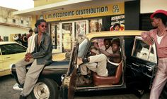 Membros do Soundsystem Youth Promotion (1980)  Book:Dancehall: The Story of Jamaican Dancehall Culture By Beth Lesser