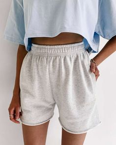 Shorts Outfits Women, Short Outfits, Summer Outfits, Cute Outfits, Latest Outfits, Fashion Outfits, Models, Clothes For Women, Style