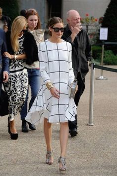 OOTD: Olivia Palermo in check print Olivia Palermo, 2015 Fashion Trends, Fashion Lookbook, Chloe Dress, Timeless Fashion, Tartan, Dress To Impress, Fashion Show, Autumn Fashion