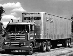 1956 Diamond T 921C
