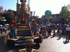 The Grand Parade at Hong Kong Disneyland - Hong Kong Attractions