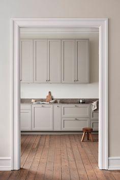 Nordic Kitchen, Scandinavian Kitchen, Vintage Modern, Bedroom Vintage, Beautiful Kitchens, Cool Kitchens, Country Look, Country Homes, Classic Kitchen