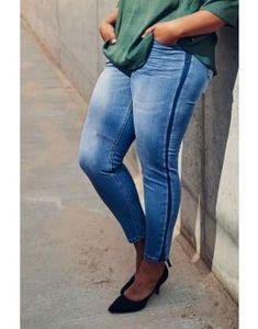 Plus size nyheder Find nyt dametøj til store kvinder her Vejle, Winter Outfits, Cardigans, Asos, Skinny Jeans, Plus Size, Charlotte, Women, Fashion