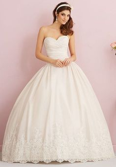 Allure - 2766 -wedding dress. Find this sample dress and more for sale on BecomingBrides.info