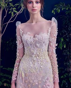 Cheap dress taiwan, Buy Quality gown manufacturers directly from China gowns robes Suppliers: Sexy Deep V Neck Bridal Gowns Robe De Mariage Chiffon Appliques Bride Dress Lace Mermaid Backless Wedding Dresses Bridal Dresses, Wedding Gowns, Prom Dresses, Beautiful Gowns, Beautiful Outfits, Chic Outfit, Modern Filipiniana Dress, Belle Silhouette, Smocks