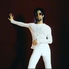 <3  Prince Rogers Nelson = The love of my life.  <3