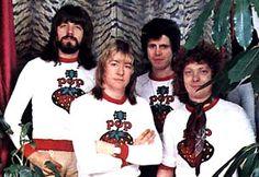 История группы The Sweet: Brian Connolly, Steve Priest, Mick ...