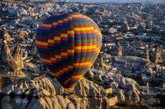 #explore #ballons #air #nature #world #adventures #nikon #turkey #ajpekfoto Balloons, Beanie, Adventure, Nikon, Turkey, Photography, Explore, Color, Nature