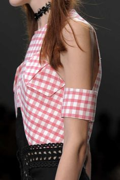 Detail Photo 17 from Carven