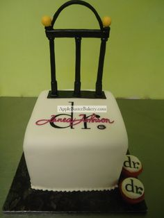 UGA Arches Cake Topper- when Molly graduates I am finding this.