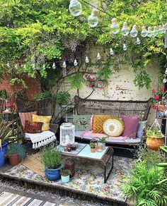 Small Courtyard Gardens, Outdoor Gardens, Backyard Patio Designs, Backyard Landscaping, Outdoor Rooms, Outdoor Living, Terrasse Design, Garden Spaces, Dream Garden