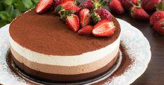 Recept na nepečenú tortu s tromi druhmi čokoládovej peny. Neodolateľný dezert pre každého čokoholika! Nepečená torta s tromi druhmi čokoládovej peny