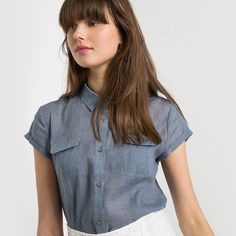 Short-Sleeved Shirt LES PETITS PRIX : price, reviews and rating, delivery. Light shirt. Shirt collar. Little short sleeves. 2 patch pockets on the front. Button fastening under placket. Length 71 cm. 75% polyester, 25% cotton.