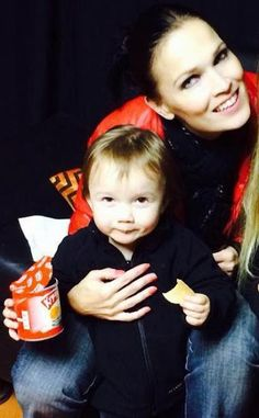 Tarja Turunen - Comunidade - Google+ Tarja and his daughter Naomi