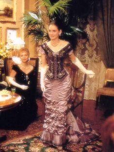 age of innocence movie Period Costumes, Movie Costumes, Cool Costumes, Costume Ideas, The Age Of Innocence, Beautiful Costumes, Beautiful Dresses, Beautiful Film, Costumes