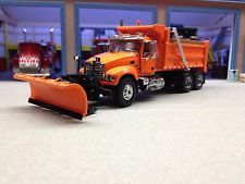 1/64 FIRST GEAR D.O.T. ORANGE MACK GRANITE DUMP W/ PLOW       DCP ERTL