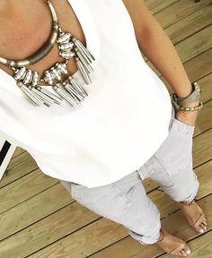 White on white is always a win. #stelladotstyle #ootd #fashion #accessories (: @styledbyaurelie) | Stella & Dot | Stella & Dot
